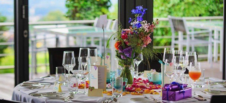 Каква е разликата между кетъринга и ресторанта?