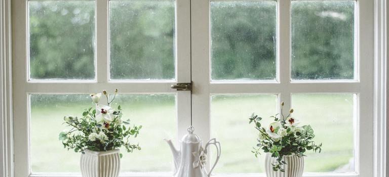 Комплекти от инструменти за почистване на прозорци